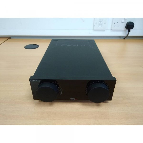 Cyrus ONE HD Black Integrated Amplifier w/ Bluetooth